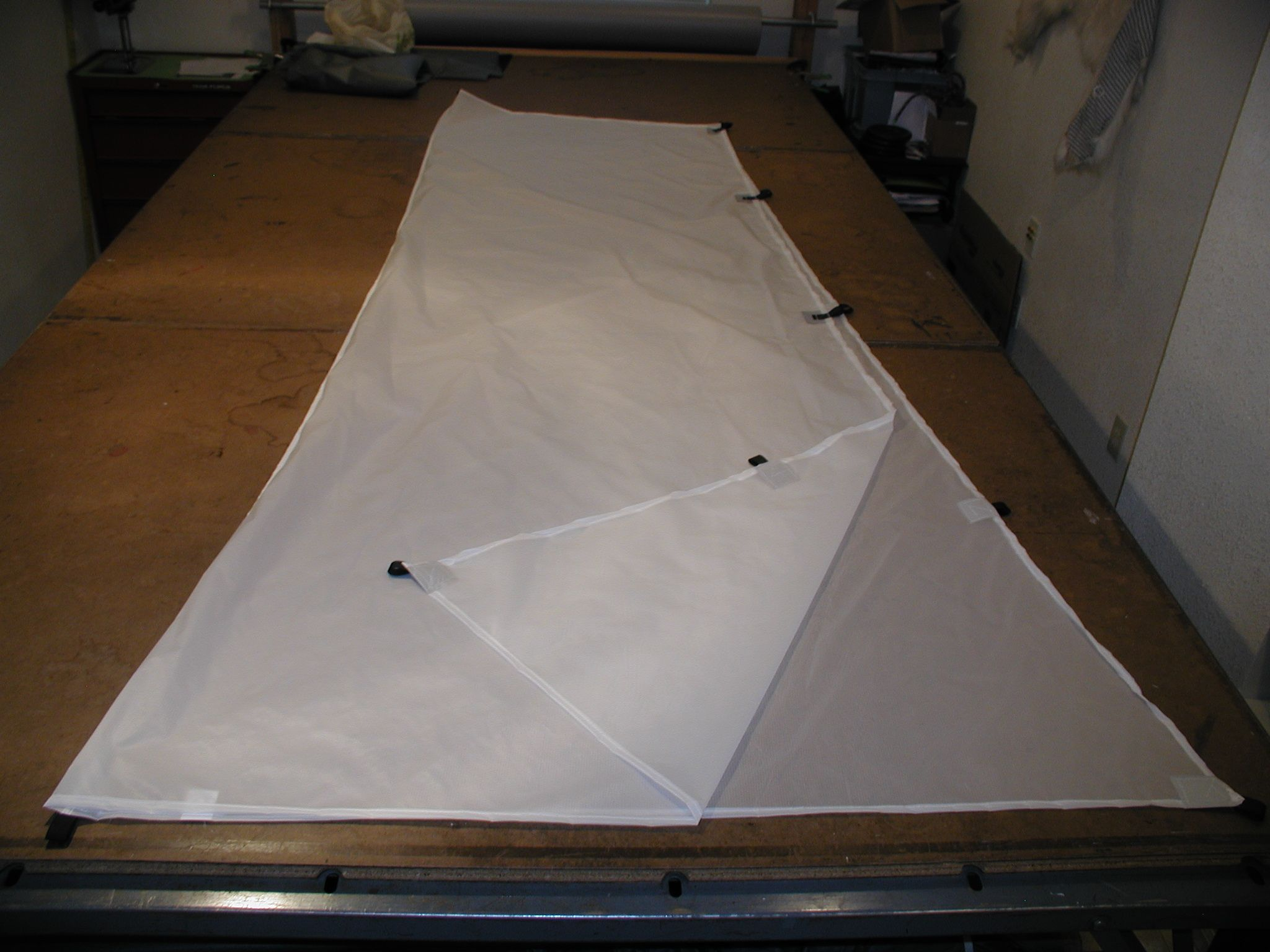 Cat  Tarp 2 now with 12 tie out points